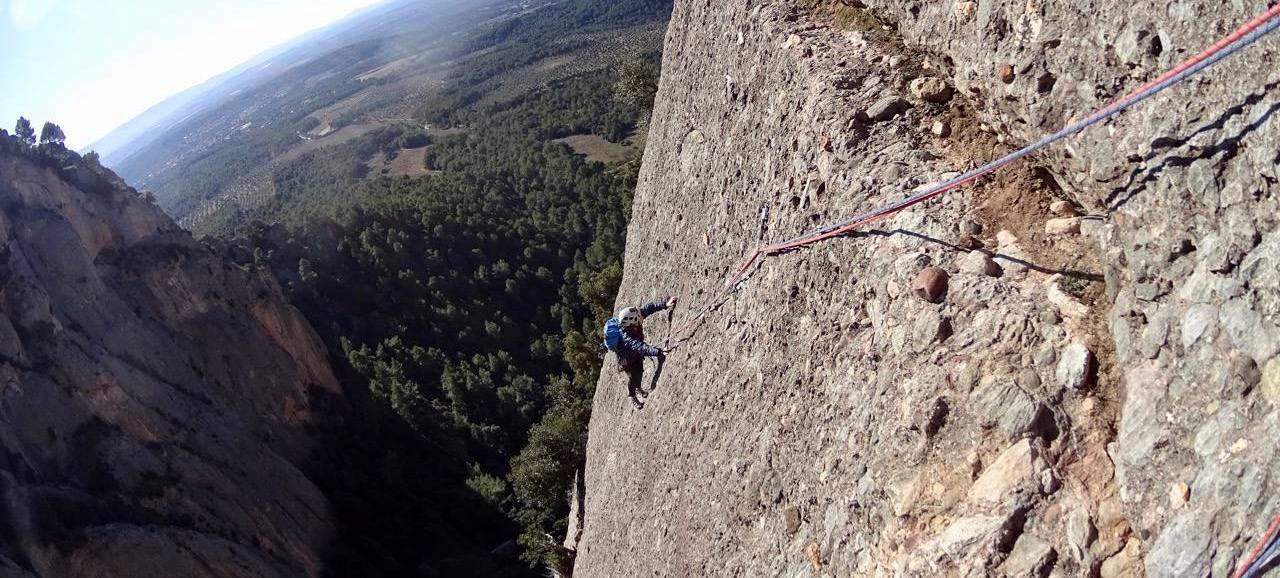 bacco experiences - Guies de Muntanya de Montserrat
